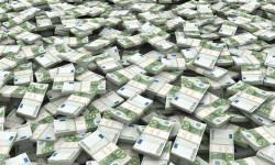 Eurokrati budú mať do roku 2045 penzie za 2,5 miliardy eur