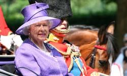 Britská kráľovná a migranti