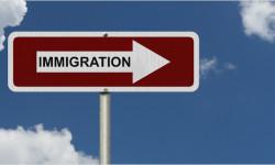 Imigranti EÚ by vraj v Británii mohli byť prínosní vďaka byrokracii