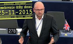 Obmedzovanie legálnej držby zbraní pod rúškom boja proti terorizmu | Europarlament – Richard Sulík