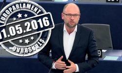 Pokuty za neprijatie utečencov – najabsurdnejší  návrh vhistórii Komisie | Europarlament
